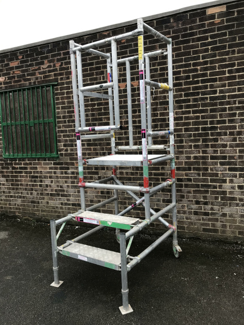Used Podium Steps With Anti Surf For Sale