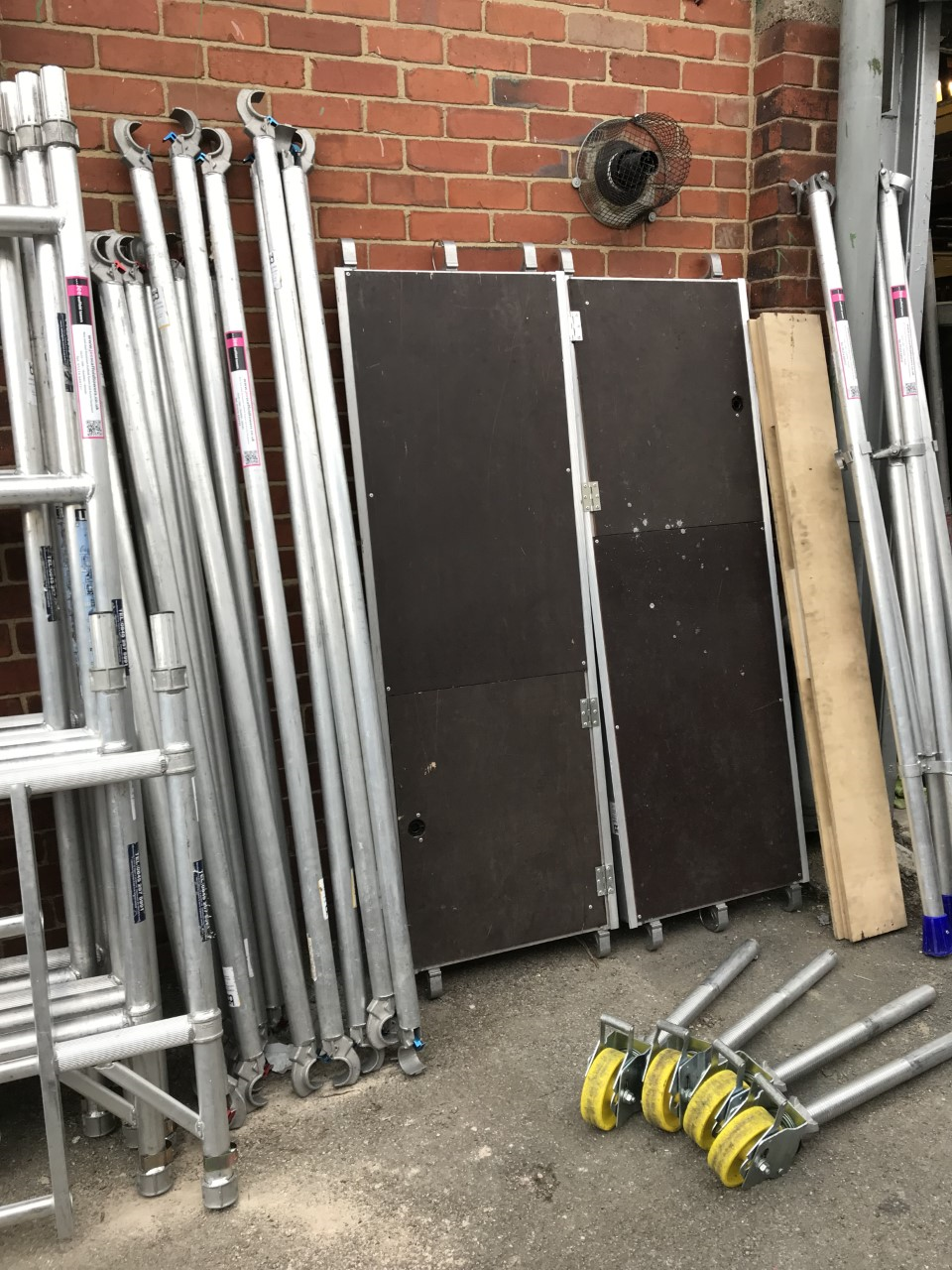 Nealy New Lewis Industrial Aluminium Scaffold Tower Sales